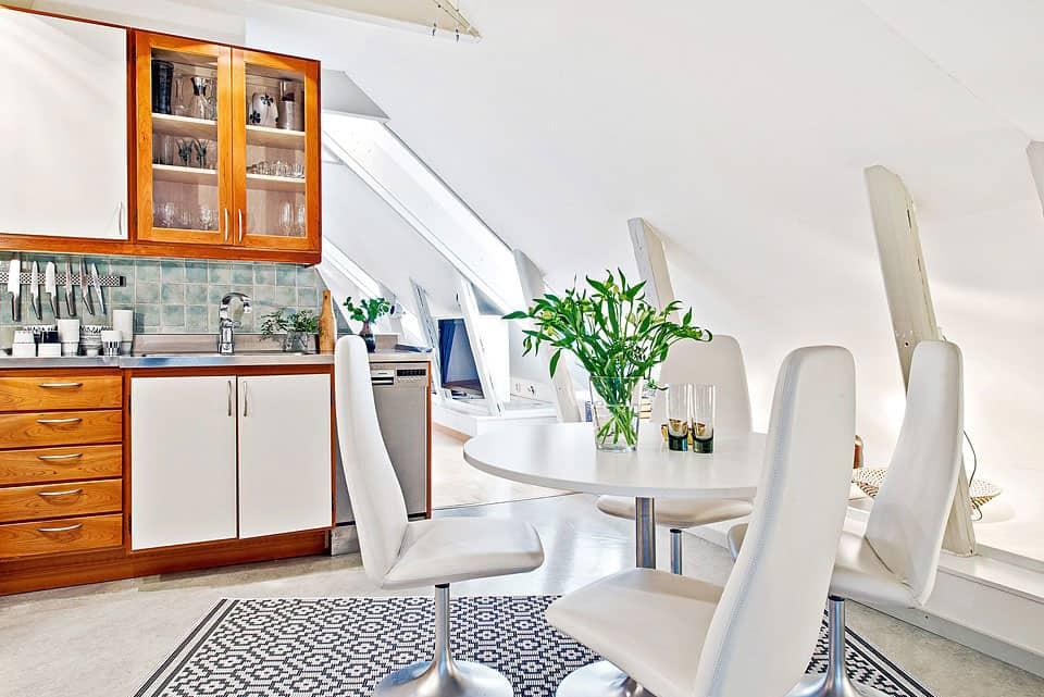 Attic Apartment in the Center of Gothenburg (16)