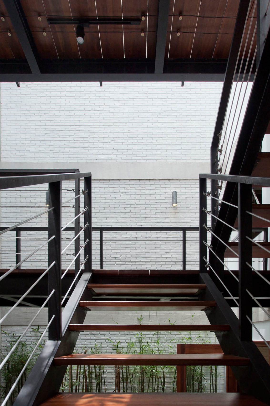 B House by I.House Architecture and Construction (9)