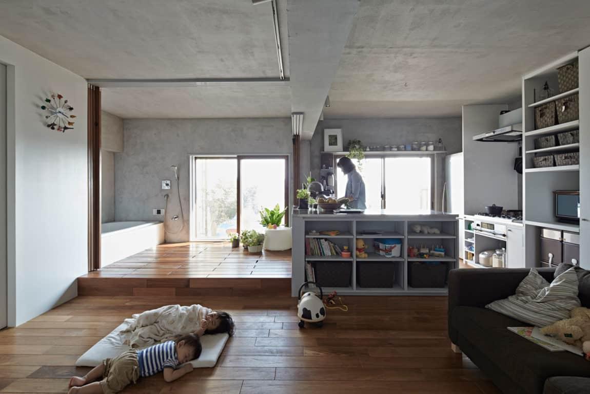 Bath Kitchen House by Takeshi Shikauchi Architect Office (4)