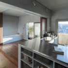 Bath Kitchen House by Takeshi Shikauchi Architect Office (7)