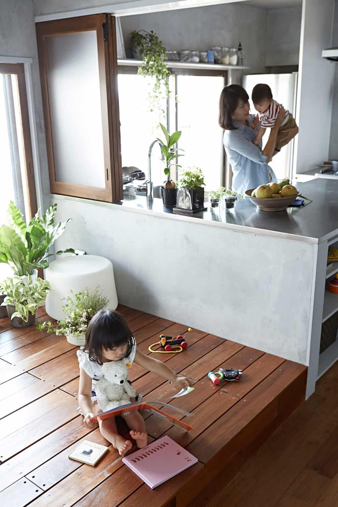 Bath Kitchen House by Takeshi Shikauchi Architect Office (9)