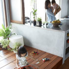 Bath Kitchen House by Takeshi Shikauchi Architect Office (9)