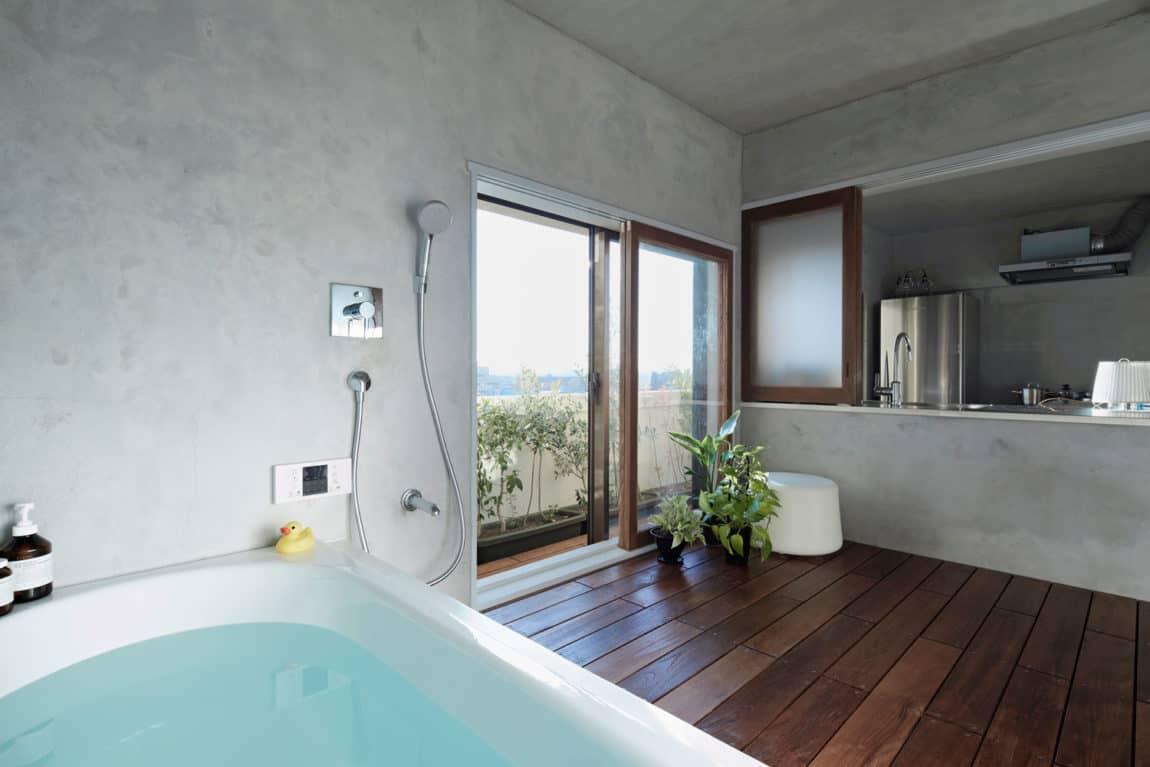 Bath Kitchen House by Takeshi Shikauchi Architect Office (11)