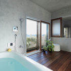 Bath Kitchen House by Takeshi Shikauchi Architect Office (11)
