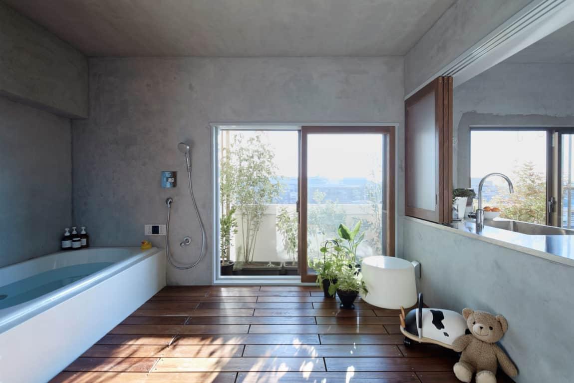 Bath Kitchen House by Takeshi Shikauchi Architect Office (12)