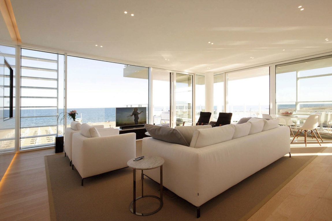 Beach Boiserie by JM Architecture (6)