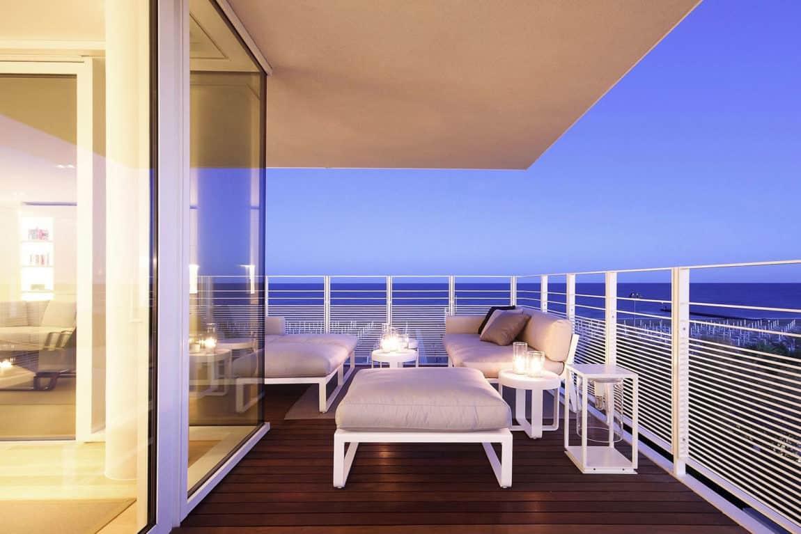 Beach Boiserie by JM Architecture (27)