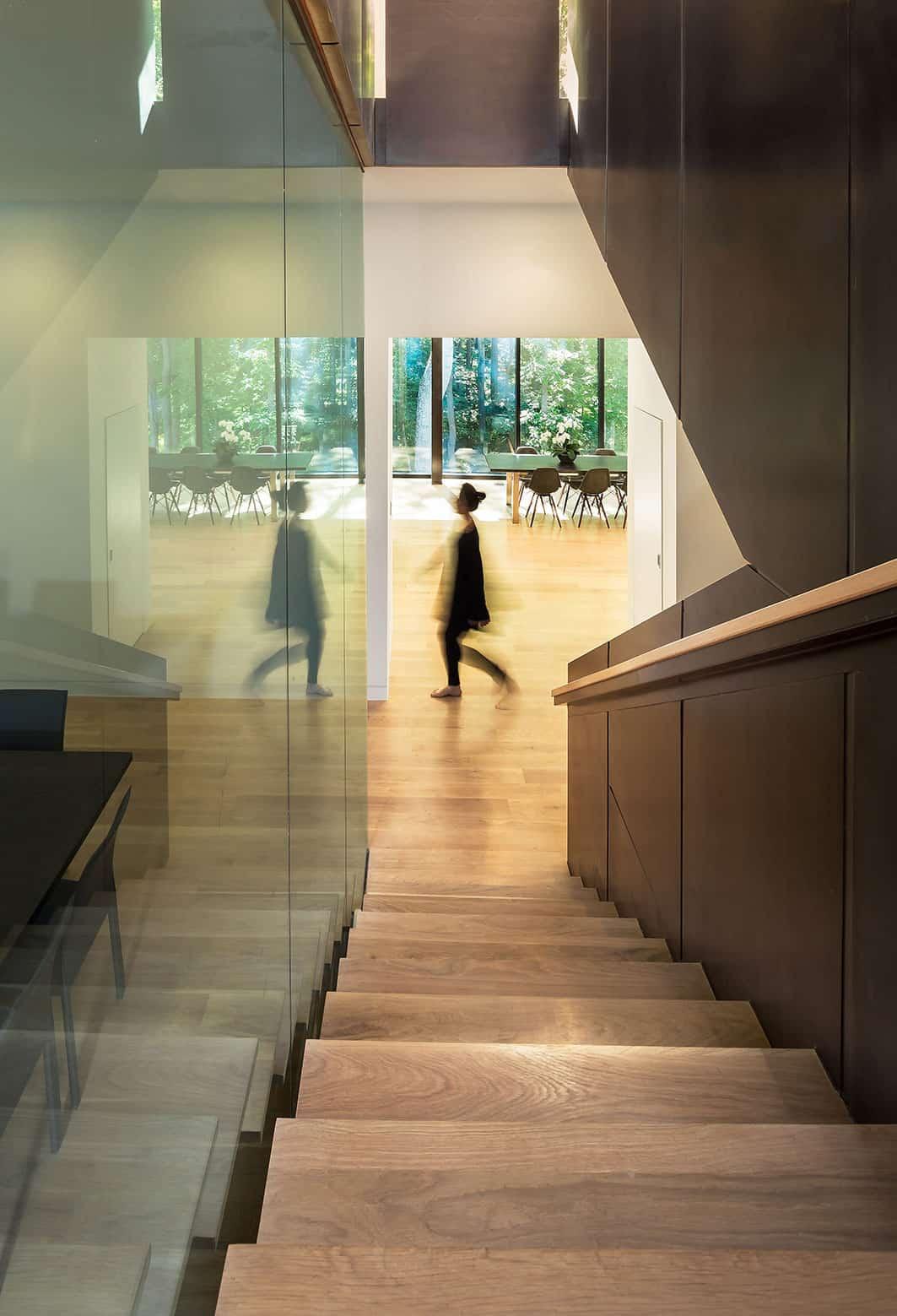 Bridge House by Höweler + Yoon Architecture (10)