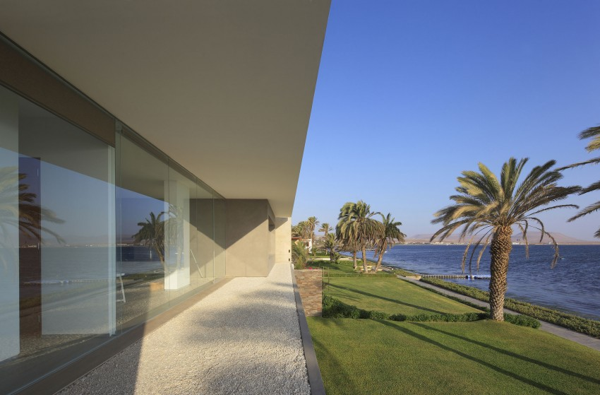 Casa Mar de Luz by Oscar Gonzalez Moix (4)