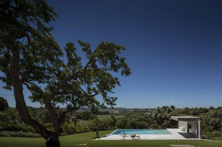 Casa da Malaca by Mario Martins Atelier (2)