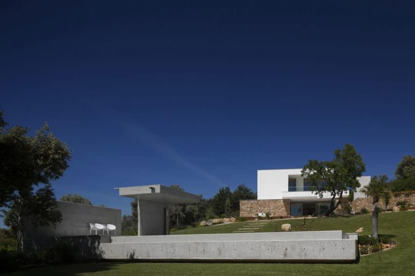 Casa da Malaca by Mario Martins Atelier (3)