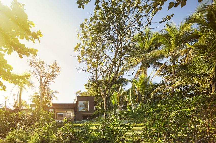 Four Houses in Baleia by Studio Arthur Casas (2)