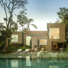 Four Houses in Baleia by Studio Arthur Casas (6)