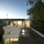 Four Houses in Baleia by Studio Arthur Casas (8)