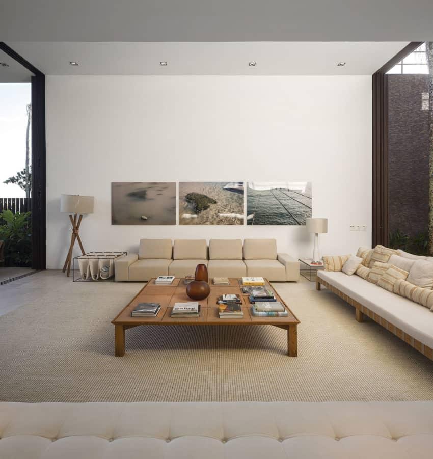 Four Houses in Baleia by Studio Arthur Casas (14)