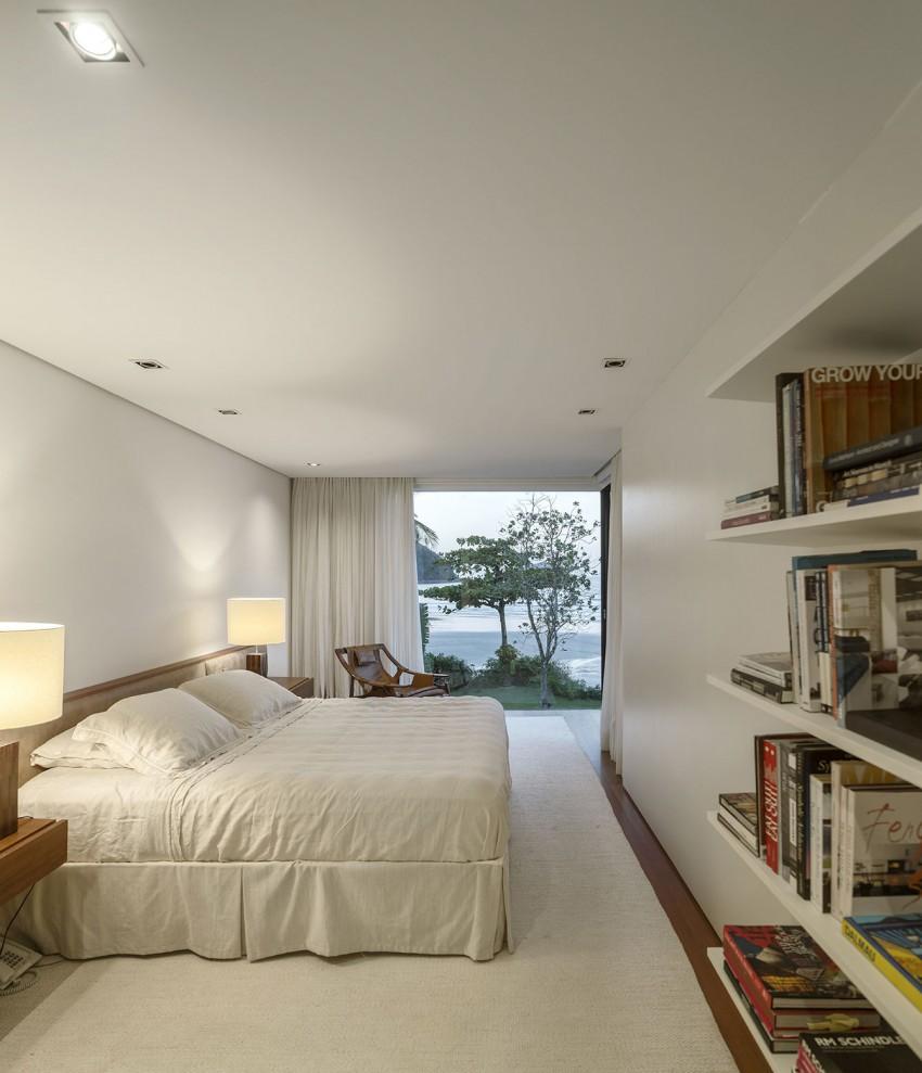 Four Houses in Baleia by Studio Arthur Casas (18)