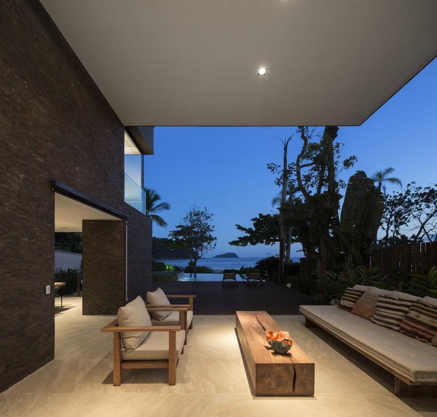 Four Houses in Baleia by Studio Arthur Casas (19)