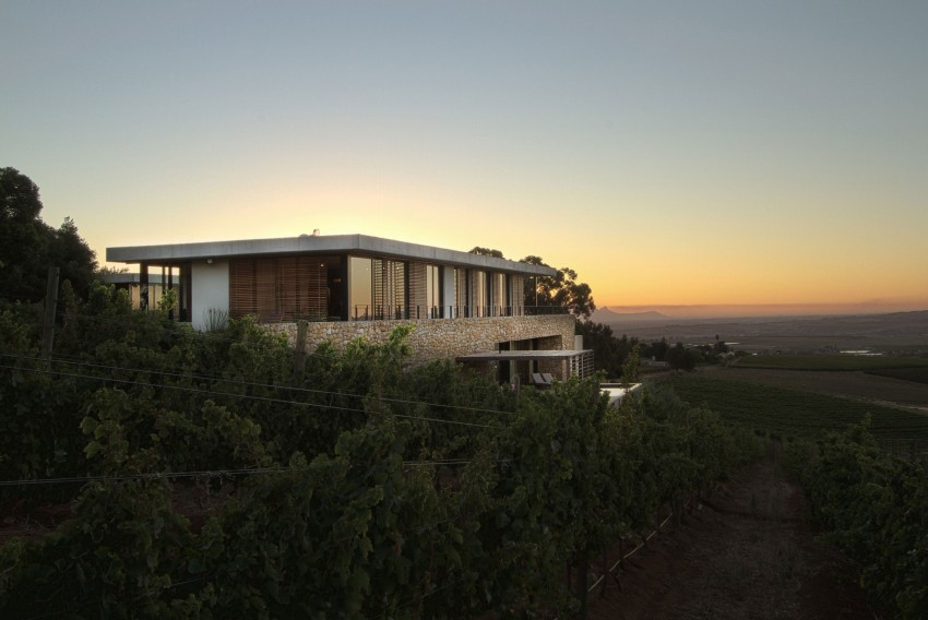 Hillside House by GASS Architecture Studios (19)