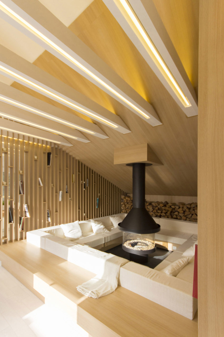 Home in Moscow by Ruetemple (7)