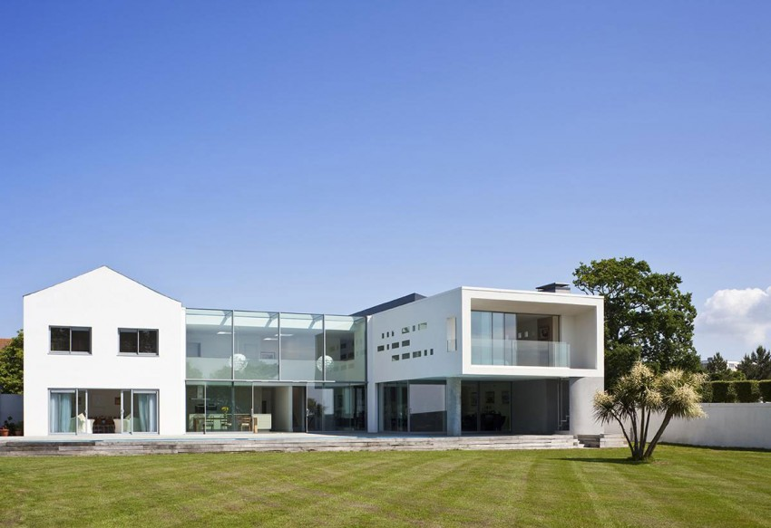 Le Foin Bas by Jamie Falla Architecture (1)