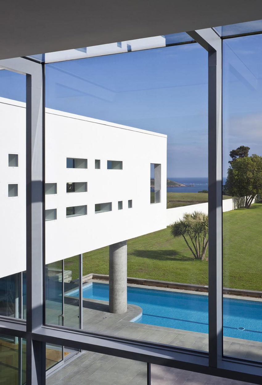 Le Foin Bas by Jamie Falla Architecture (8)