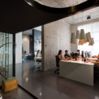 Office and Showroom by Sergey Makhno (14)