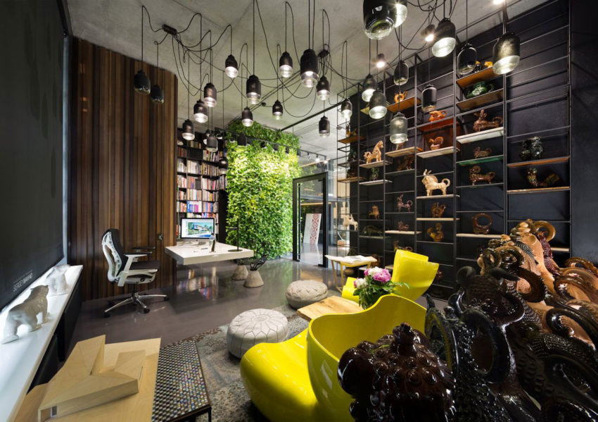 Office and Showroom by Sergey Makhno (26)