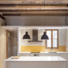 Renovation Apartment in Eixample by Sergi Pons (5)