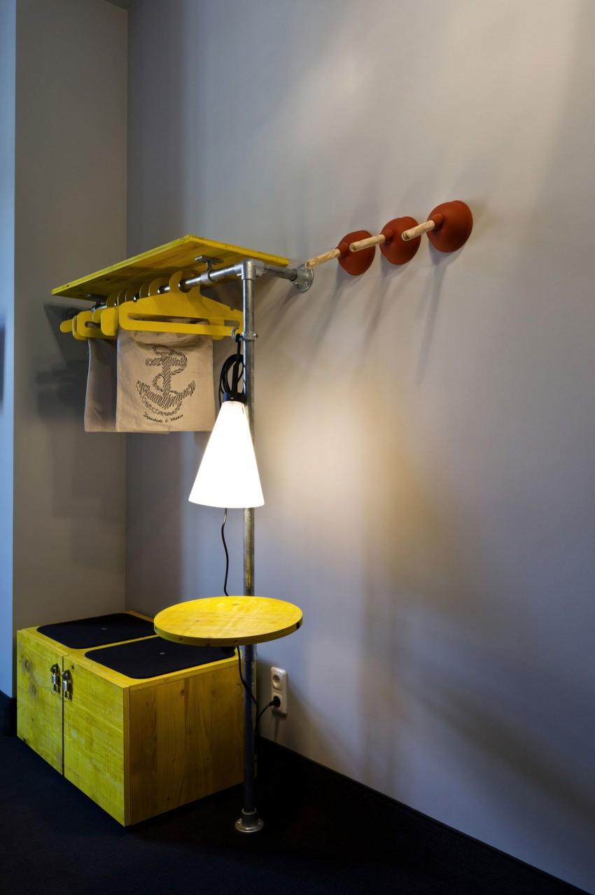 superbude st pauli by dreimeta. Black Bedroom Furniture Sets. Home Design Ideas