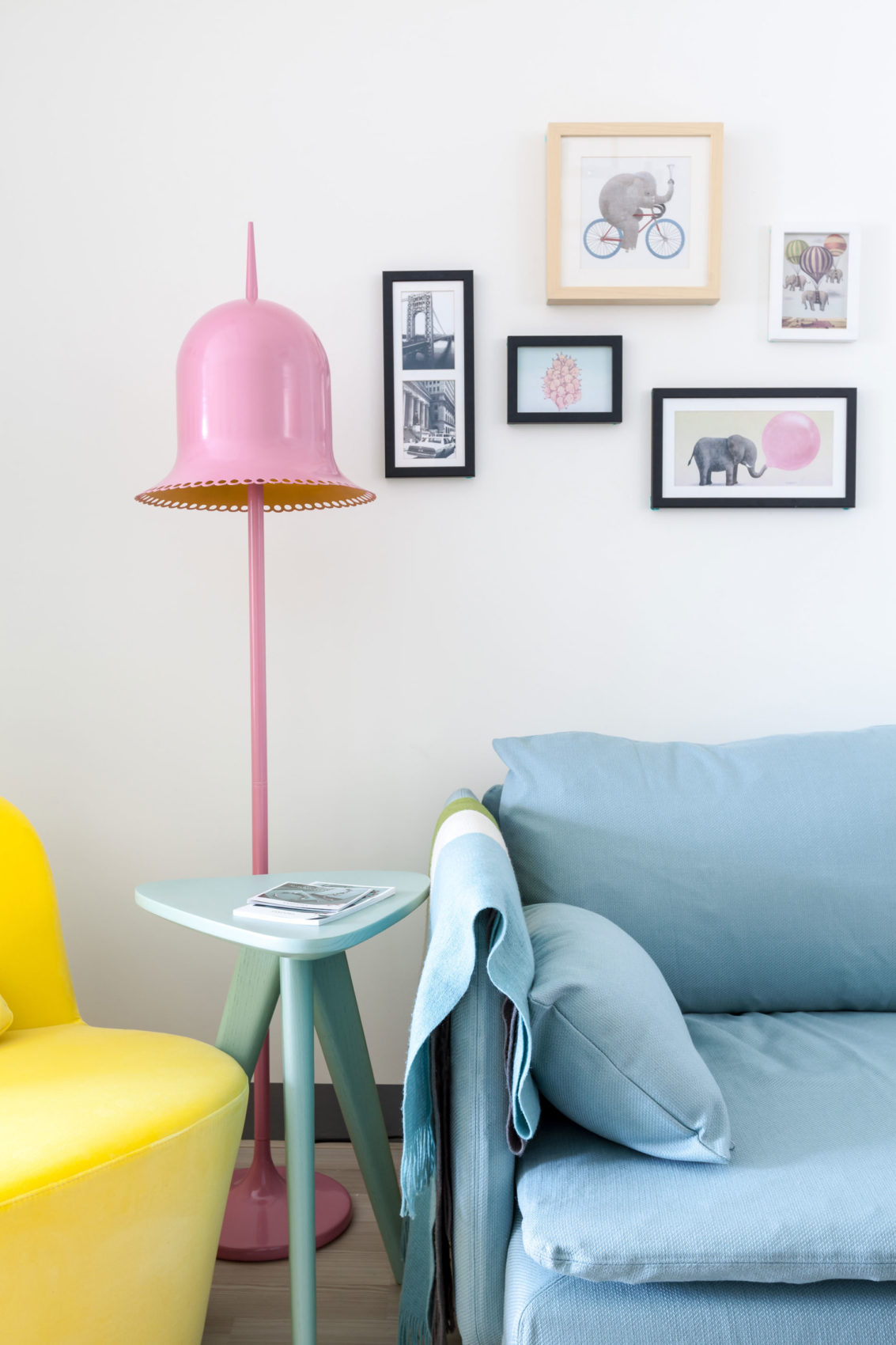 The Wonderland Apartment by House Design Studio (9)
