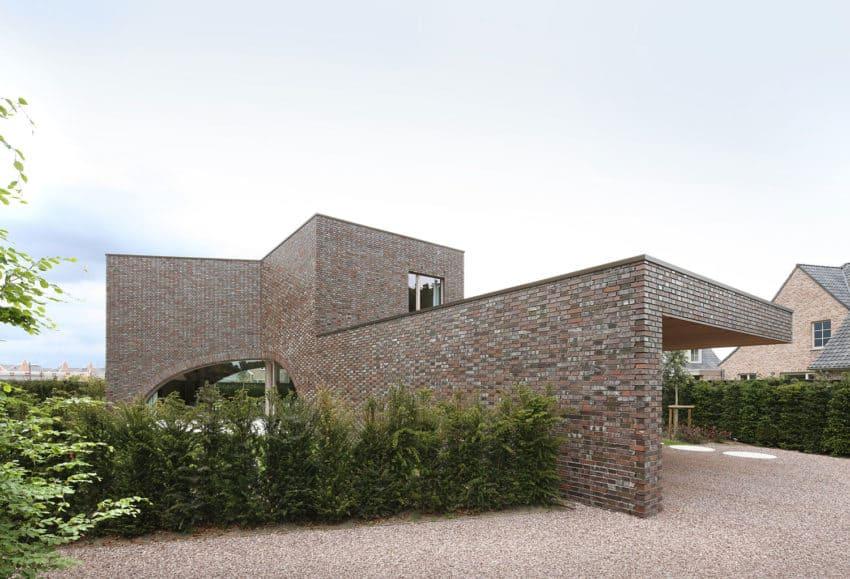 Villa Moerkensheide by Dieter De Vos Architecten (1)