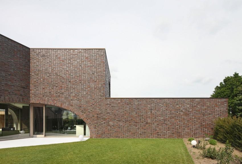 Villa Moerkensheide by Dieter De Vos Architecten (3)