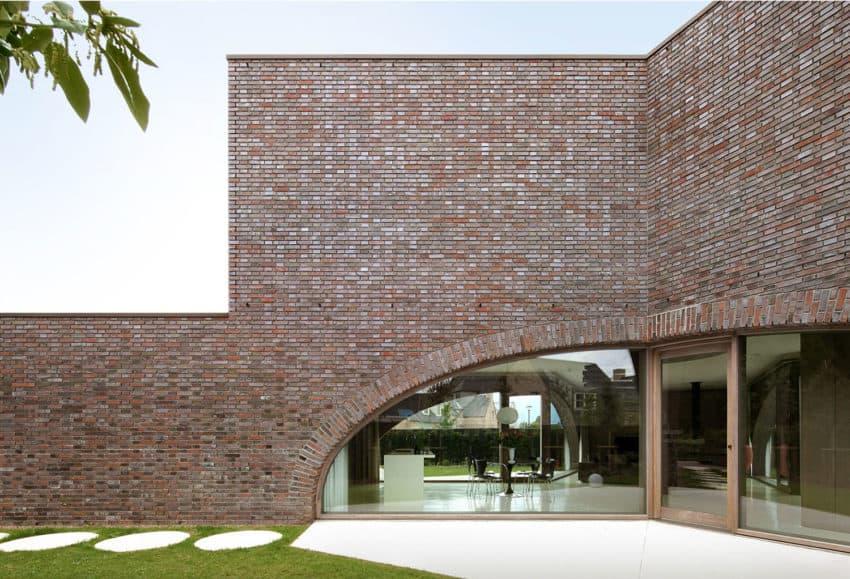 Villa Moerkensheide by Dieter De Vos Architecten (5)