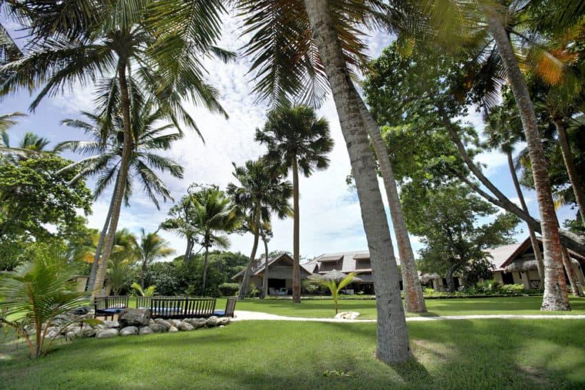 Beachfront Villa in the Dominican Republic (5)