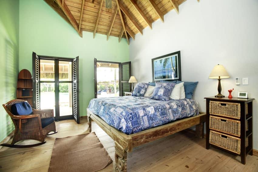 Beachfront Villa in the Dominican Republic (16)