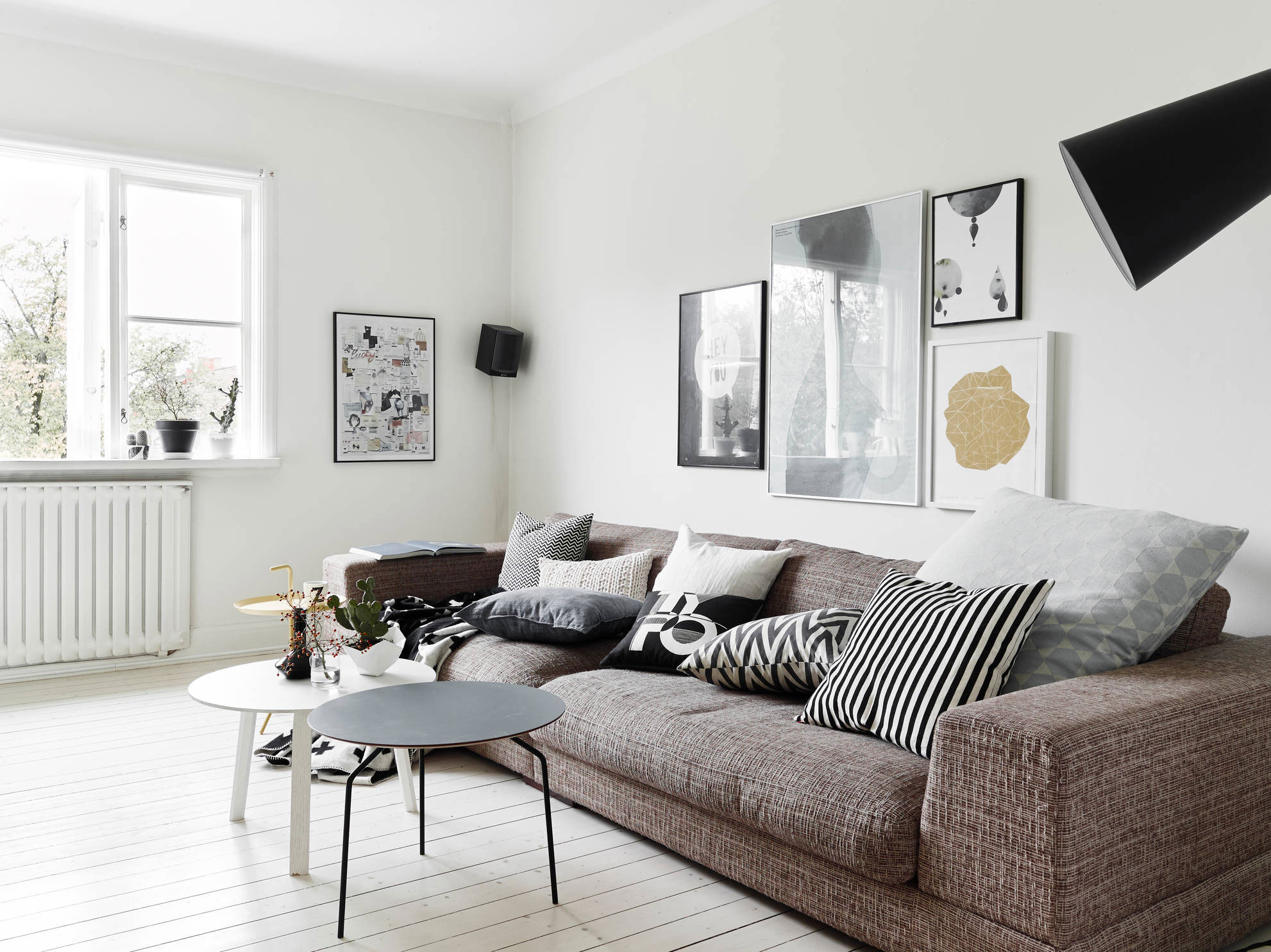 Scandinavian Interior Design: Apartment in Kungsladugårds
