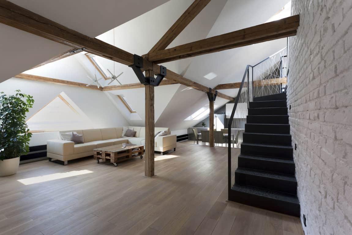 Attic Loft Reconstruction by B² Architecture (8)