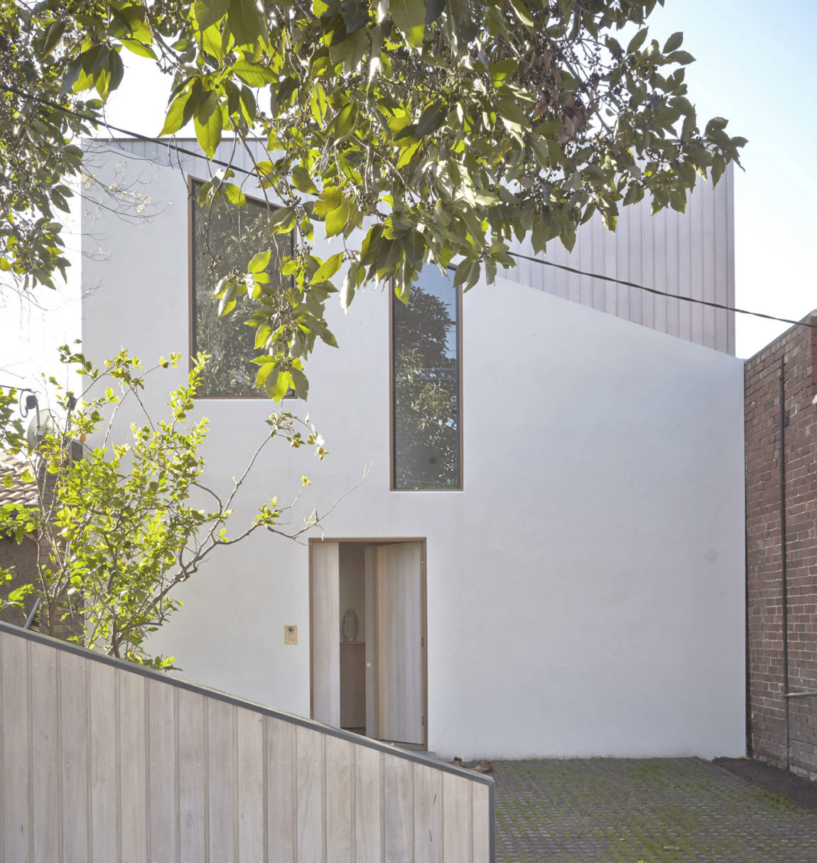 Bow House by Edwards Moore (2)