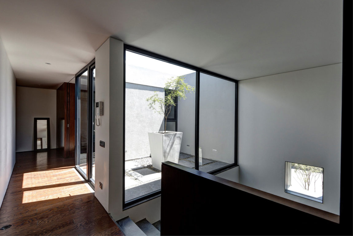Casa Oval by Elías Rizo Arquitectos (13)