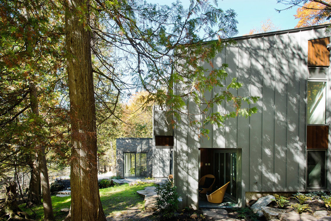 Chalet Lac Gate by Boom Town (4)