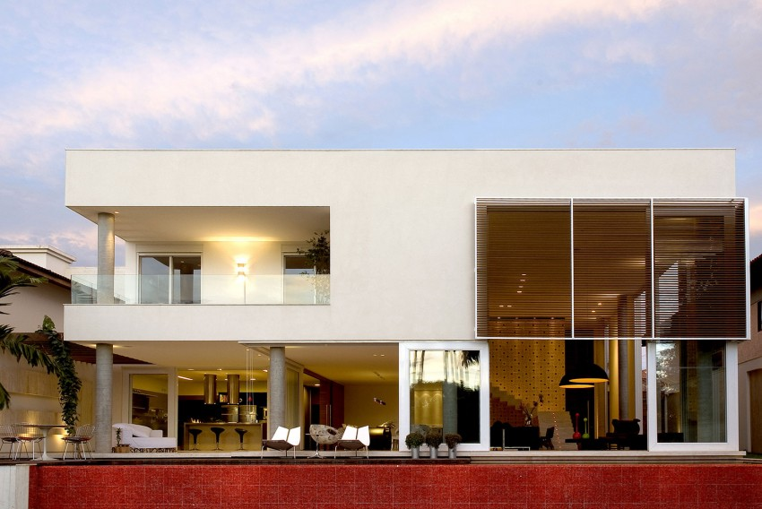Home in Brasilia by Architecture Ney Lima (5)