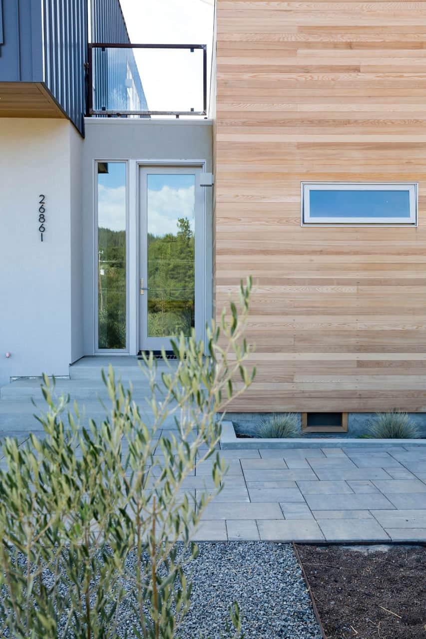 Home in Cloverdale by Chris Pardo Design & Method H (4)