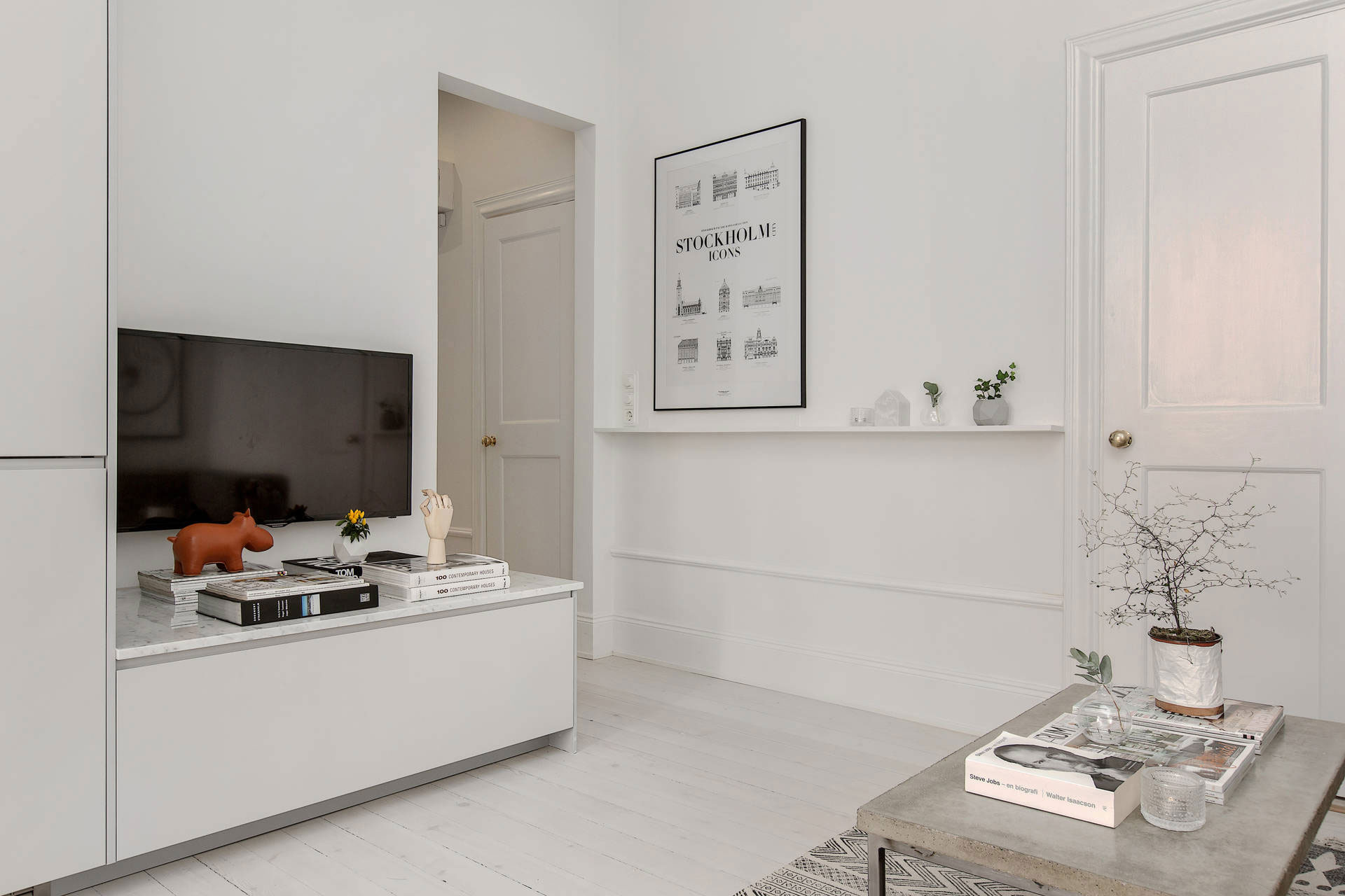 Scandinavian Design: Home on Rörstrandsgatan