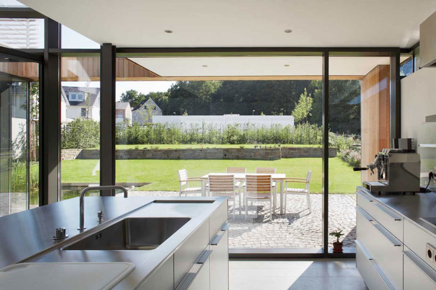 Houses B1 & B2 by Zamel Krug Architekten (7)
