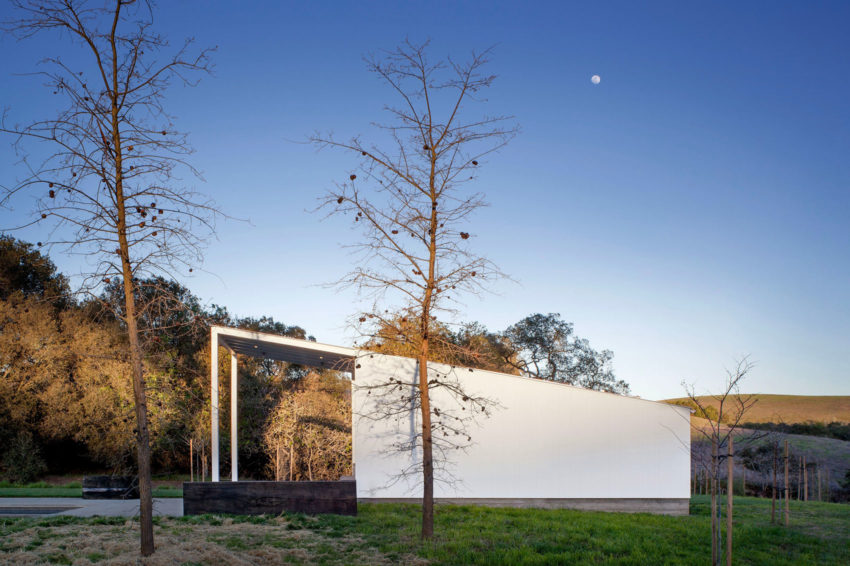Hupomone Ranch by Turnbull Griffin Haesloop Architects (2)