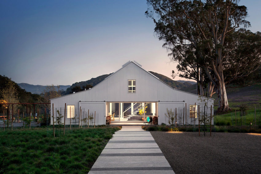 Hupomone Ranch by Turnbull Griffin Haesloop Architects (11)