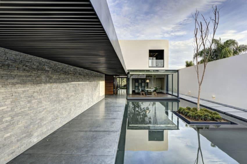 LA House by Elías Rizo Arquitectos (3)