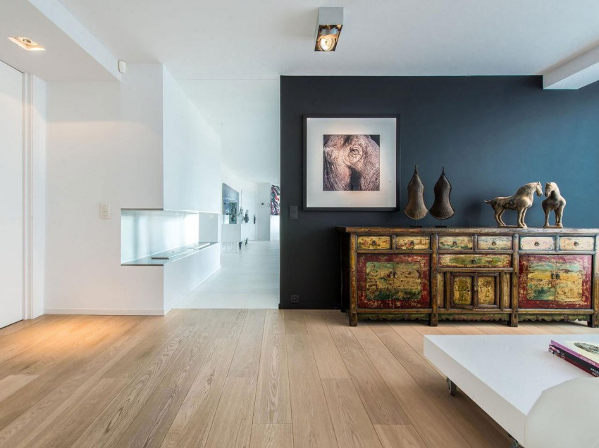 Modern Penthouse with a View (6)