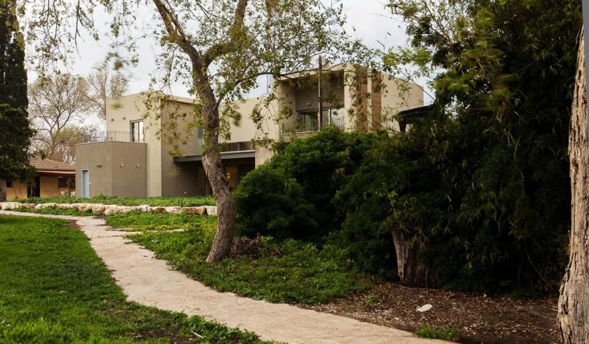 Peleg Residence by SaaB Architects (2)