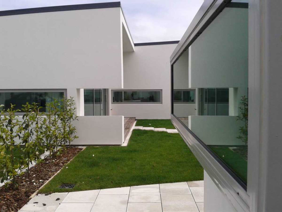Pilbrow Residence by Casas Design + Architecture Studio (5)